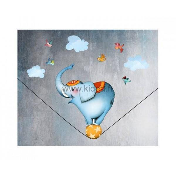 Sticker Cirque - L'éléphant funambule