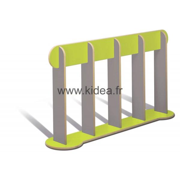 Barrière de délimitation verte et grise