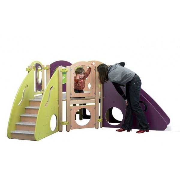 Structure de jeux colorée