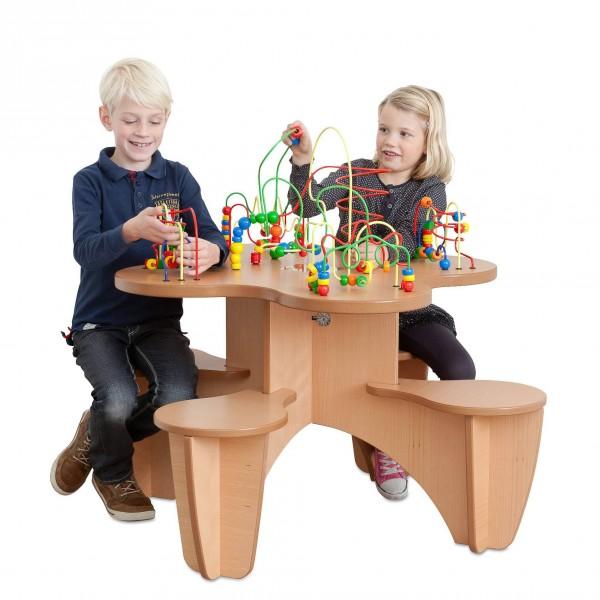 TABLE BOULIER AVEC ASSISES INTEGREES