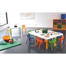 ENSEMBLE TABLE + 4 CHAISES POUR ENFANTS DE - 3 DE ANS